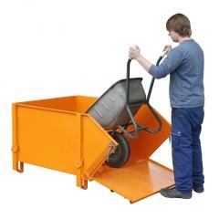 Bauer Baustoffbehälter mit klappbarer Schüttwand