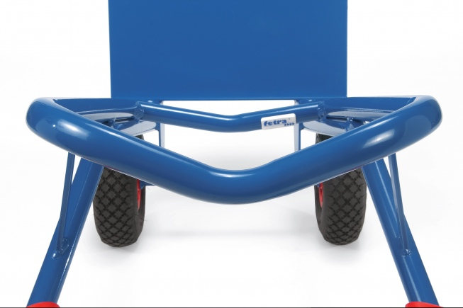 Fetra Stahlrohrkarre mit Luftbereifung Höhe 1300 mm mit Kunststoff-Gleitkufen 480mm Schaufelbreite