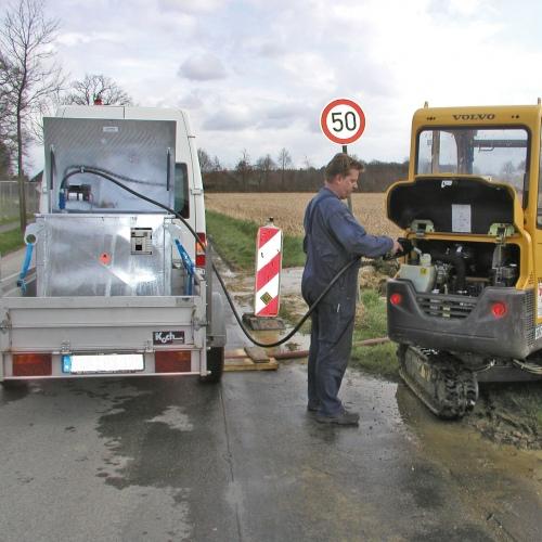 Bauer Kraftstoff-Tank MT 450-1000 nach ADR/RID/IMDG-Code, feuerverzinkt